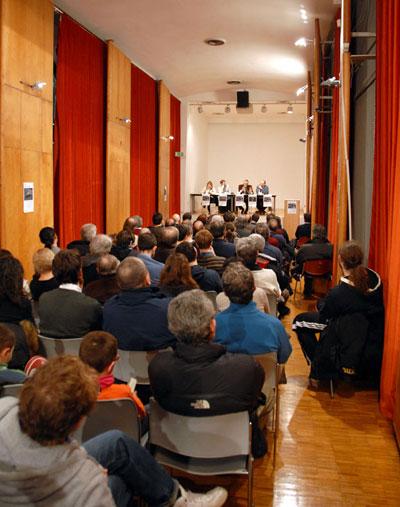 """(la presentazione dei """"Racconti del rugby"""" a Sesto San Giovanni)"""